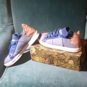 Adidas Pharrell William's Sneakers